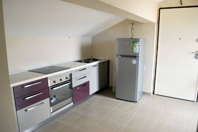 Attico / Mansarda in affitto a Alba, 2 locali, prezzo € 380 | CambioCasa.it