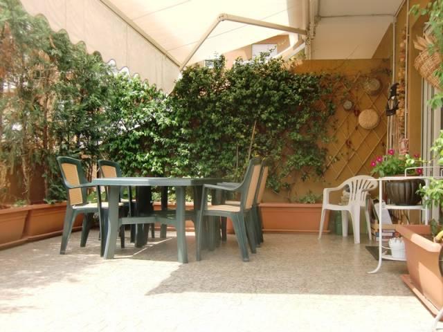 Appartamento in vendita a Rogeno, 3 locali, prezzo € 140.000 | CambioCasa.it