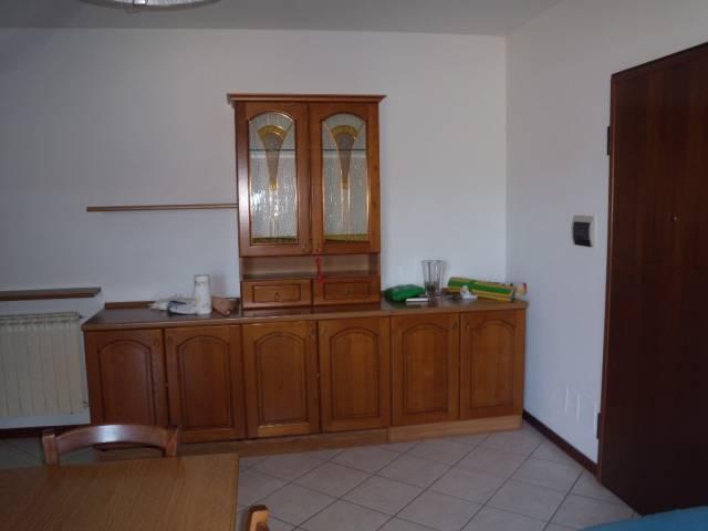 Appartamento in vendita a Agliana, 2 locali, prezzo € 115.000 | CambioCasa.it