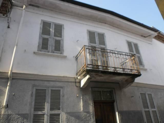 Soluzione Indipendente in vendita a Castelnuovo Belbo, 4 locali, prezzo € 24.000 | CambioCasa.it