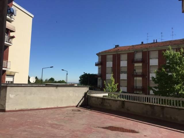 Appartamento in vendita a Valenza, 4 locali, prezzo € 75.000 | CambioCasa.it