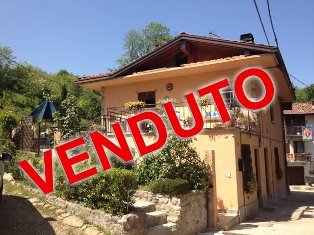 Appartamento in vendita a Azzate, 3 locali, prezzo € 125.000 | CambioCasa.it