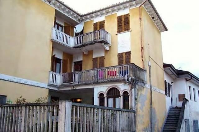 Soluzione Indipendente in vendita a Azeglio, 6 locali, prezzo € 72.000 | CambioCasa.it