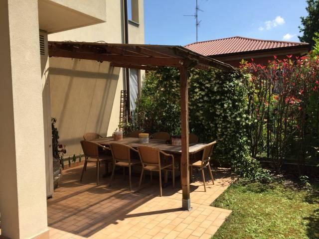 Appartamento in vendita a Vedano al Lambro, 2 locali, prezzo € 188.000 | CambioCasa.it