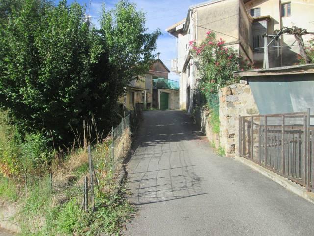 Villa a Schiera in vendita a Vallanzengo, 4 locali, prezzo € 35.000 | CambioCasa.it