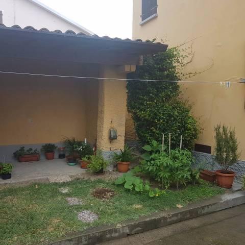 Rustico / Casale in vendita a Dosolo, 3 locali, prezzo € 55.000 | CambioCasa.it