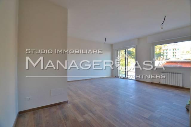 Appartamento in vendita a Rapallo, 4 locali, prezzo € 499.000 | CambioCasa.it
