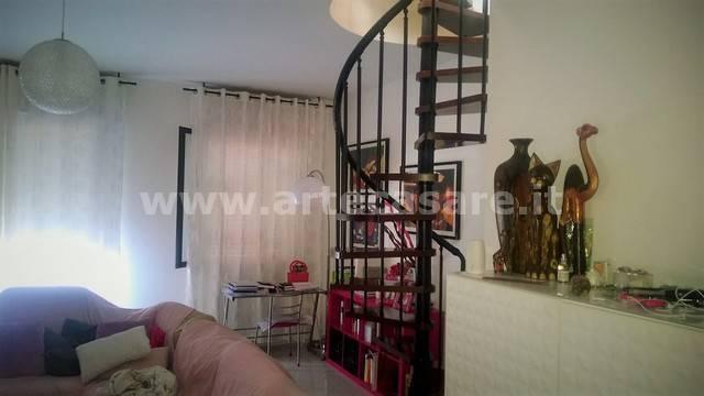 Appartamento in vendita a Cornaredo, 3 locali, prezzo € 290.000 | CambioCasa.it
