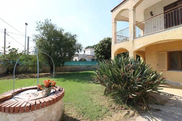 Villa in vendita a Siracusa, 6 locali, prezzo € 280.000   CambioCasa.it