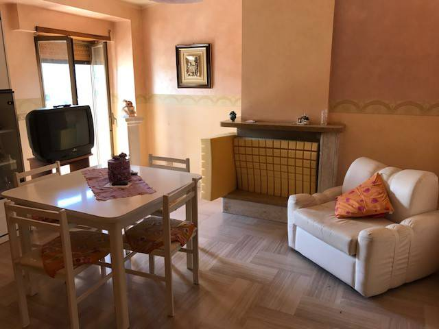 Appartamento in affitto a Magliano de' Marsi, 5 locali, prezzo € 380 | CambioCasa.it