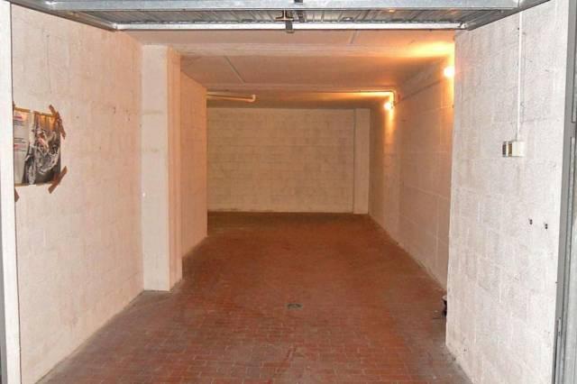 Box / Garage in vendita a Bologna, 9999 locali, prezzo € 33.000 | CambioCasa.it