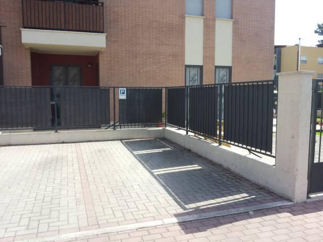 Box / Garage in vendita a Latina, 9999 locali, prezzo € 7.500 | CambioCasa.it