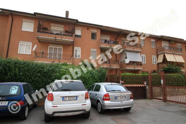 Appartamento in vendita a Genzano di Roma, 3 locali, prezzo € 175.000 | CambioCasa.it