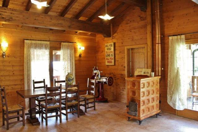 Villa in vendita a Cunardo, 6 locali, prezzo € 375.000 | CambioCasa.it