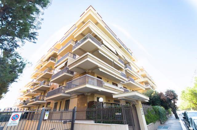 Appartamento in vendita a Foggia, 3 locali, prezzo € 290.000   CambioCasa.it