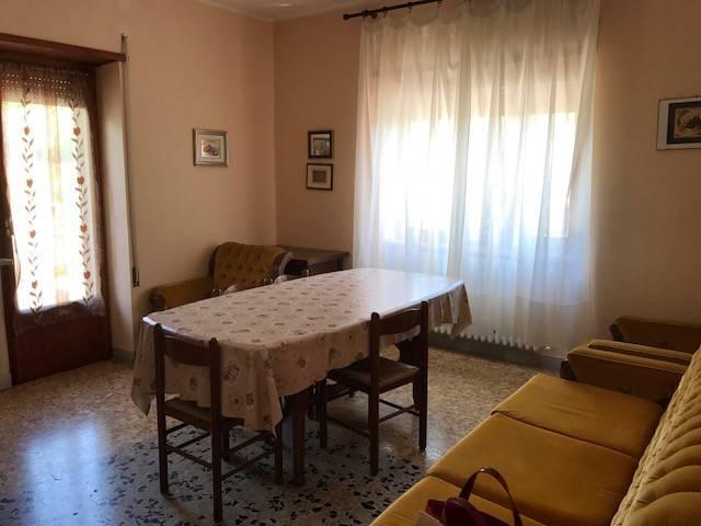 Appartamento in affitto a Magliano de' Marsi, 4 locali, Trattative riservate | CambioCasa.it