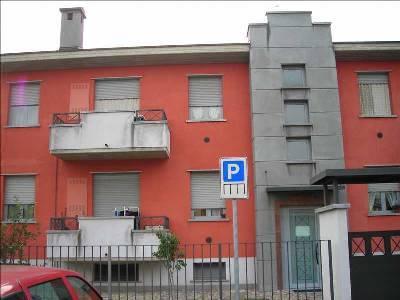 Appartamento in affitto a Capriate San Gervasio, 2 locali, prezzo € 450 | CambioCasa.it