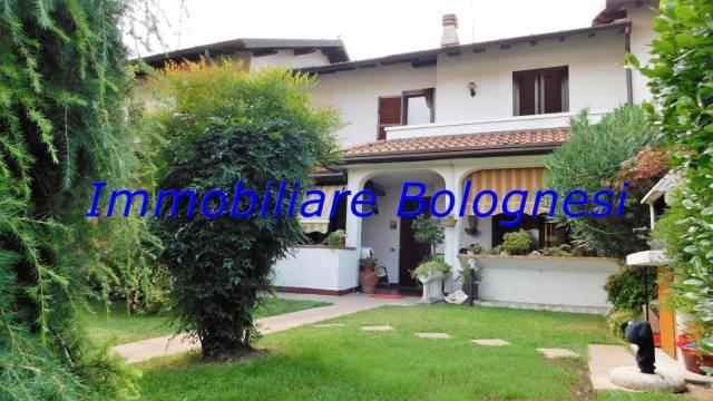 Villa a Schiera in Vendita a Arsago Seprio