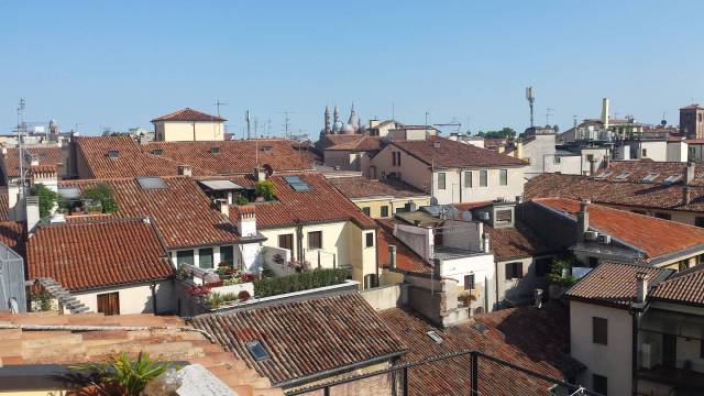 Attico / Mansarda in affitto a Padova, 1 locali, zona Zona: 1 . Centro, prezzo € 625   CambioCasa.it