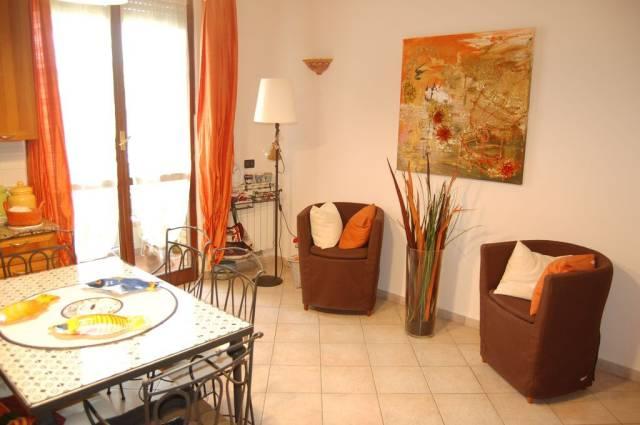 Appartamento in vendita a Montignoso, 9999 locali, prezzo € 290.000 | CambioCasa.it
