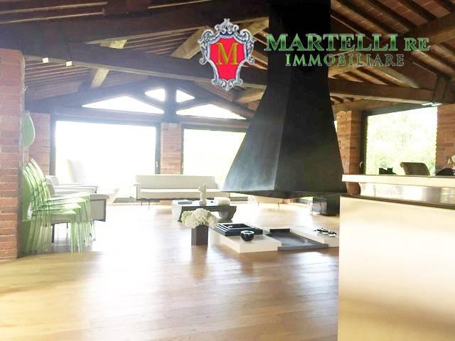 Rustico / Casale in vendita a Reggello, 3 locali, prezzo € 700.000 | CambioCasa.it