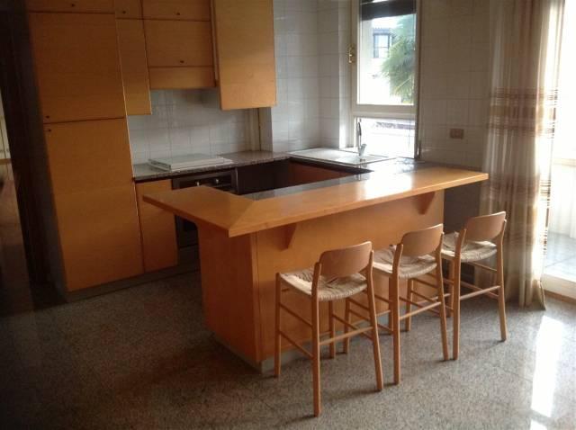 Appartamento in affitto a Torre Boldone, 4 locali, prezzo € 750 | CambioCasa.it