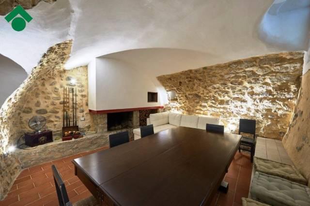 Appartamento in vendita a Brenzone, 2 locali, prezzo € 87.000 | CambioCasa.it