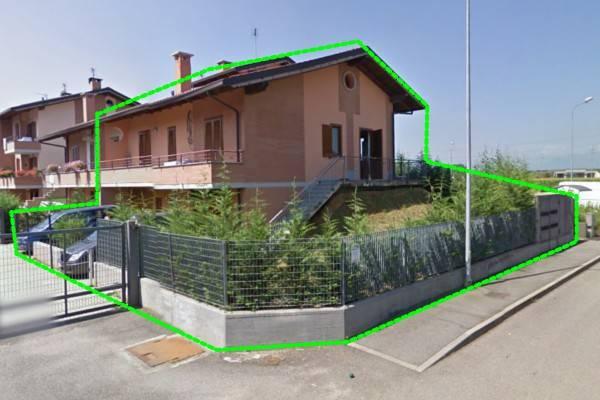 Villa in vendita a Candiolo, 6 locali, prezzo € 175.000 | CambioCasa.it