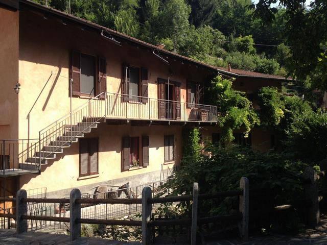 Soluzione Indipendente in vendita a Varese, 4 locali, prezzo € 330.000 | CambioCasa.it