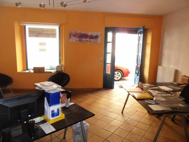 Negozio / Locale in vendita a Biella, 3 locali, prezzo € 55.000 | CambioCasa.it