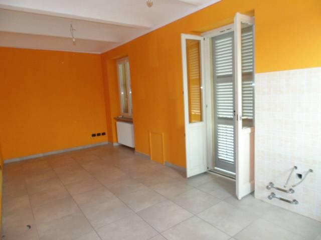Appartamento in affitto a Castagnole delle Lanze, 2 locali, prezzo € 350 | CambioCasa.it