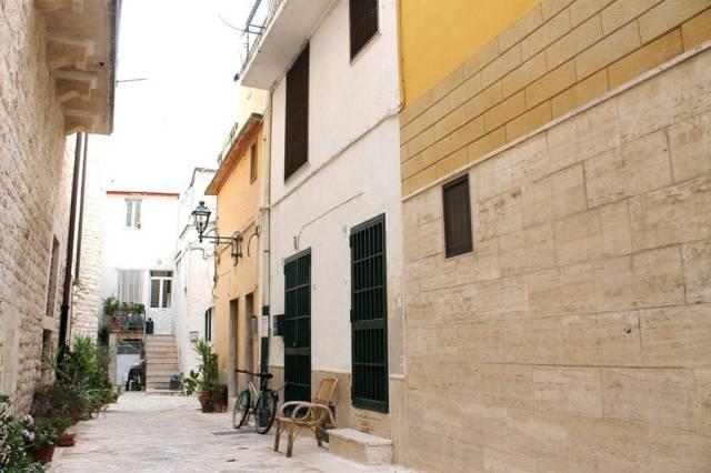 Appartamento in vendita a Valenzano, 3 locali, prezzo € 50.000 | CambioCasa.it