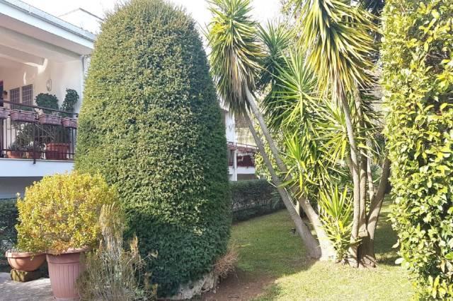 Villa in vendita a Cellamare, 6 locali, prezzo € 360.000 | CambioCasa.it