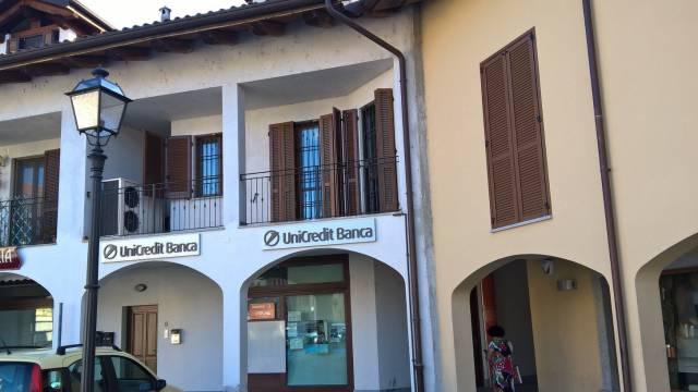 Negozio / Locale in affitto a Fiano, 5 locali, Trattative riservate | CambioCasa.it
