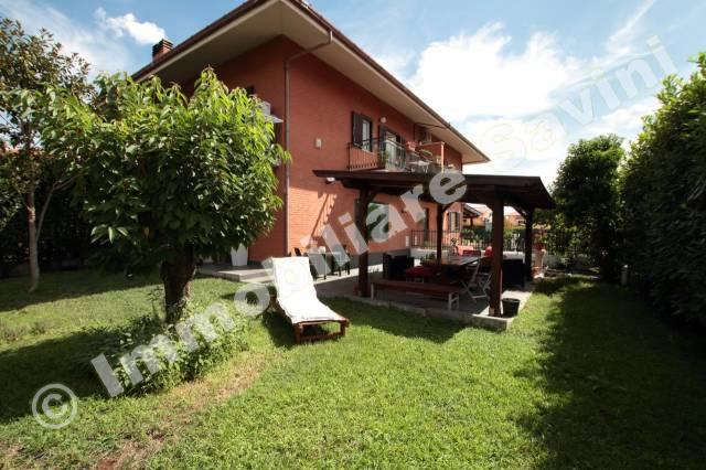 Villa in vendita a Genzano di Roma, 4 locali, prezzo € 285.000 | CambioCasa.it
