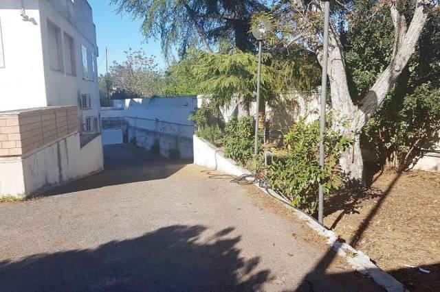 Villa in vendita a Valenzano, 6 locali, prezzo € 690.000 | CambioCasa.it