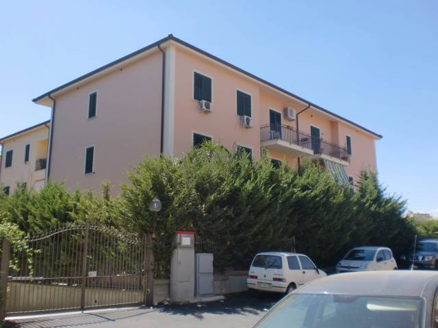 Appartamento in vendita a Santa Flavia, 4 locali, prezzo € 185.000 | CambioCasa.it