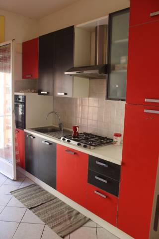 Appartamento in affitto a Alba, 5 locali, prezzo € 590 | CambioCasa.it