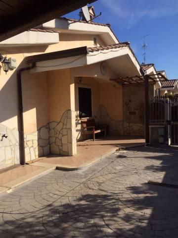 Villa in affitto a Ardea, 3 locali, prezzo € 800 | CambioCasa.it