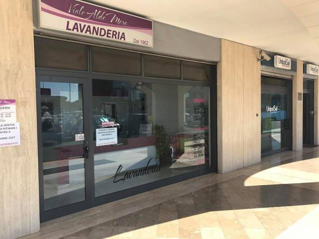 Negozio / Locale in affitto a Lecce, 2 locali, prezzo € 1.100 | CambioCasa.it