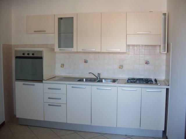 Appartamento in affitto a Montecatini-Terme, 4 locali, prezzo € 465 | CambioCasa.it