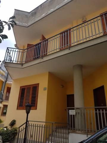 Villa in affitto a Siano, 5 locali, prezzo € 500 | CambioCasa.it