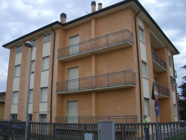 Appartamento in affitto a Gazoldo degli Ippoliti, 5 locali, prezzo € 500 | CambioCasa.it