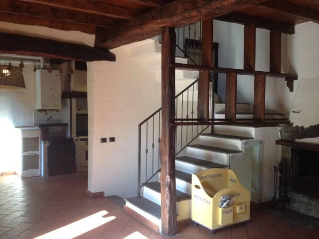 Soluzione Indipendente in vendita a Varese, 2 locali, prezzo € 150.000 | CambioCasa.it