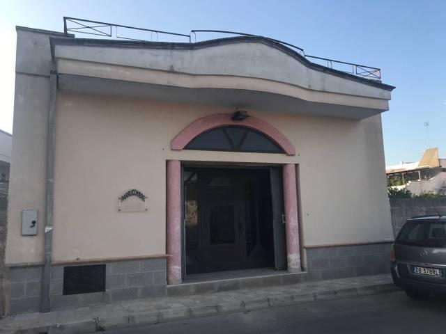 Negozio / Locale in affitto a Veglie, 1 locali, prezzo € 580 | CambioCasa.it