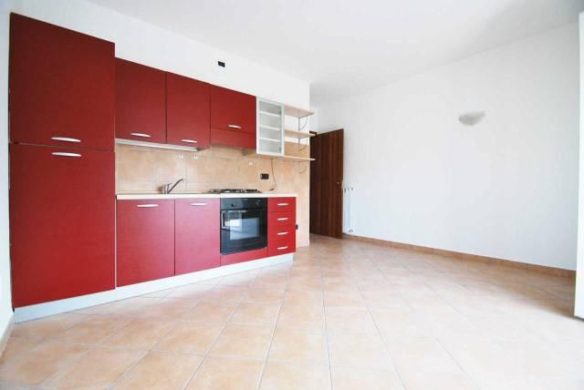 Appartamento in affitto a Cermenate, 2 locali, prezzo € 500 | CambioCasa.it