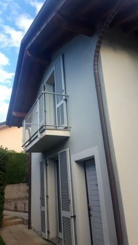 Villa in vendita a Cermenate, 4 locali, prezzo € 390.000 | CambioCasa.it