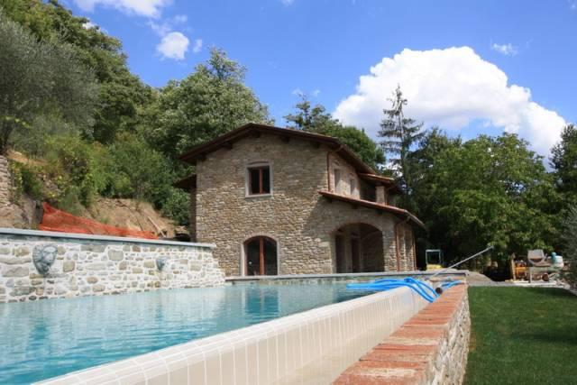 Rustico / Casale in vendita a Sansepolcro, 2 locali, prezzo € 450.000 | CambioCasa.it