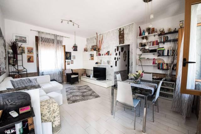 Appartamento in vendita a Nerviano, 3 locali, prezzo € 125.000 | CambioCasa.it