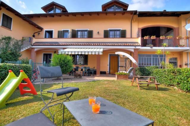 Rustico / Casale in vendita a Reano, 5 locali, prezzo € 220.000 | CambioCasa.it